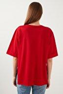 Lela Bisiklet Yaka Yanları Yırtmaçlı % 100 Pamuk T Shirt Kadın T Shirt 5411073