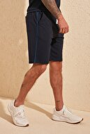 TRENDYOL MAN Lacivert Erkek Regular Fit Kontrast Biyeli Şort & Bermuda TMNSS20SR0083