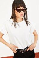Bianco Lucci Kadın Beyaz Kolu Fırfırlı Kaşkorse Bluz 10051015