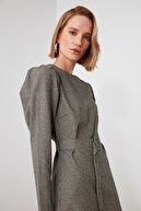 TRENDYOLMİLLA Çok Renkli Kemerli Elbise TWOAW21EL2268