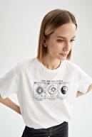 Defacto Astral Baskılı Bisiklet Yaka Relax Fit Kısa Kollu Tişört