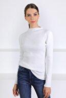 Ferraro Kadın Beyaz Modern Yaka Uzun Kol Triko Kazak