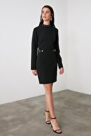 TRENDYOLMİLLA Siyah Kemer Detaylı Elbise TWOAW21EL1640