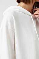 Koton Kadın Ekru Sweatshirt 1KAL68333OK
