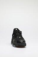 ALTINAYAK Kadın Siyah Asimetrik Kesim Sneaker