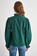 TRENDYOLMİLLA Zümrüt Yeşili Kareli Bluz TWOAW21BZ1176