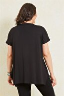 Siyezen Kadın Siyah Büyük Beden Salaş Önü Sim Detaylı T-shirt