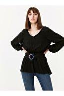 Twist Kadın Siyah Sedef Kemerli Bluz TW6190006131001