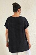 Siyezen Siyah Büyük Beden Salaş Çizgili Lale Baskılı T-shirt