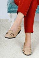 Ayakkabı Bahçesi Kadın  Bej Yazlık Tam Ortopedik Deri Taban Babet Anne Ayakkabısı