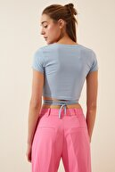 Happiness İst. Kadın Mavi İpli Crop T-shirt AN00125