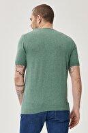 Altınyıldız Classics Erkek Yeşil 360 Derece Her Yöne Esneyen Slim Fit %100 Koton Triko Tişört