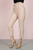 ChiChero Kadın Bej Havuç Pileli Kalın Kemerli Kumaş Pantolon