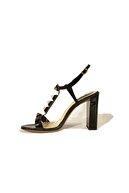 Flower Ince Topuk Klasik Rugan Ayakkabı
