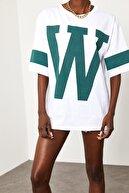 Xena Kadın Beyaz W Baskılı Oversize T-Shirt 1KZK1-11508-01