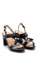Derimod Kadın Püskül Detaylı Topuklu Sandalet