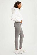 Levi's Kadın 721 High Rise Skinny Jean 18882-0291