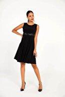 By Saygı Pul Detaylı Likra Sendy Pileli Likra Elbise Siyah