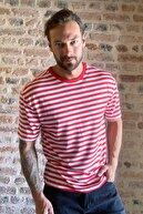 TRENDYOL MAN Kırmızı Erkek Geniş Kesim Bisiklet Yaka Kısa Kollu Çizgili T-Shirt TMNSS20TS0511