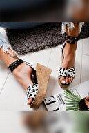 Limoya Kadın Beyaz Zebra Desenli Zımba Detaylı Dolgu Topuklu Ayakkabı