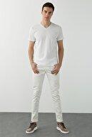 Network Erkek Slim Fit Beyaz V Yaka Basic T-shirt 1077938