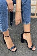 İnan Ayakkabı Tek Bant Bilekten Tokalı Topuklu Ayakkabı