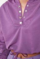 TRENDYOLMİLLA Lila Çıtçıt Detaylı Crop Örme Sweatshirt TWOSS21SW0082