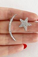 Takıştır Kadın Gümüş Renk Ay ve Yıldız Figürlü Küpe
