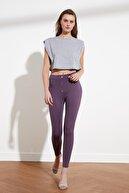 TRENDYOLMİLLA Mor Düğme Detaylı Örme Pantolon TWOSS21PL0009