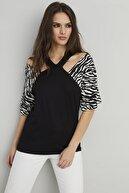 Cool & Sexy Kadın Siyah Yaka Detaylı Zebra Desen Bluz BK1112