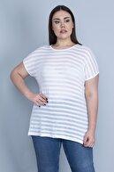 Şans Kadın Beyaz İnce Viskon Kumaş Düşük Kollu Bluz 65N23357