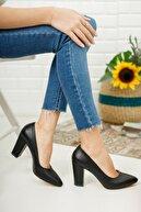 Nirvana ayakkabı Kadın Siyah Yüksek Kalın Topuklu Ayakkabı