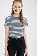 Defacto Kadın Mavi Regular Fit Çizgili Kolu Fırfırlı T-Shirt