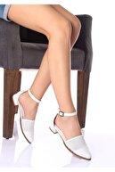 LAYRA AYAKKABI Kadın Beyaz Delikli Sandalet
