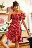 Olalook Kadın Kırmızı Gipeli Yakası Bağlamalı Kloş Elbise ELB-19001190