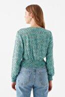 Mavi Leopar Baskılı Yeşil Bluz