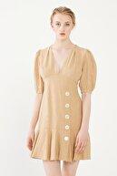 Love My Body Kadın Bej Düğme Detaylı Keten Elbise