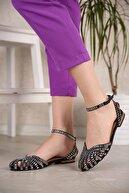 Ccway Kadın Siyah Süet Bilekten Bağlı Taşlı Sandalet