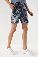Tommy Life Kadın Batik Desenli Bağcıklı Cepli Rahat Form Bermuda Şort-91005