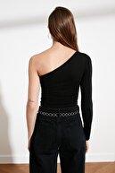 TRENDYOLMİLLA Siyah Tek Omuz Örme Bluz TWOSS21BZ0447