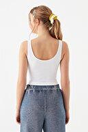 Mavi Kadın Kolsuz Beyaz Tişört 1600208-620