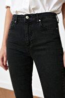 TRENDYOLMİLLA Siyah Yüksek Bel Flare Jeans TWOSS20JE0064