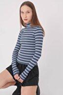 Addax Kadın Mavi Çizgili Bluz
