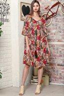 Chiccy Kadın Bej Yaprak Desen Kolları Volanlı Robadan Büzgülü Püsküllü Bağcıklı Salaş Dokuma Elbise