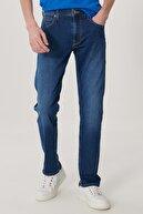 Lee Daren Erkek Mavi Straight Fit Normal Bel Düz Paça Esnek Jean Pantolon