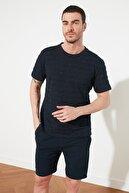 TRENDYOL MAN Lacivert Erkek Slim Fit Bisiklet Yaka T-Shirt TMNSS20TS0076