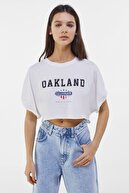Bershka Kadın Beyaz Kısa Kollu Crop Fit T-Shirt 02211443