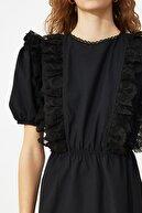 TRENDYOLMİLLA Siyah Dantel Detaylı Fırfırlı Elbise TWOSS21EL1113