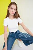 TRENDYOLMİLLA Beyaz Fitilli Örme Bluz TWOSS21BZ0779