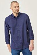 Altınyıldız Classics Erkek Lacivert Tailored Slim Fit Dar Kesim Düğmeli Yaka %100 Koton Gömlek